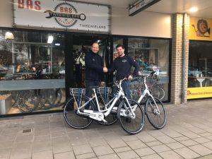 onze giant E-bikes als vervangend vervoer bij Kneppers Autobedrijf